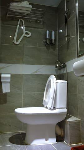 洗手間 Washroom