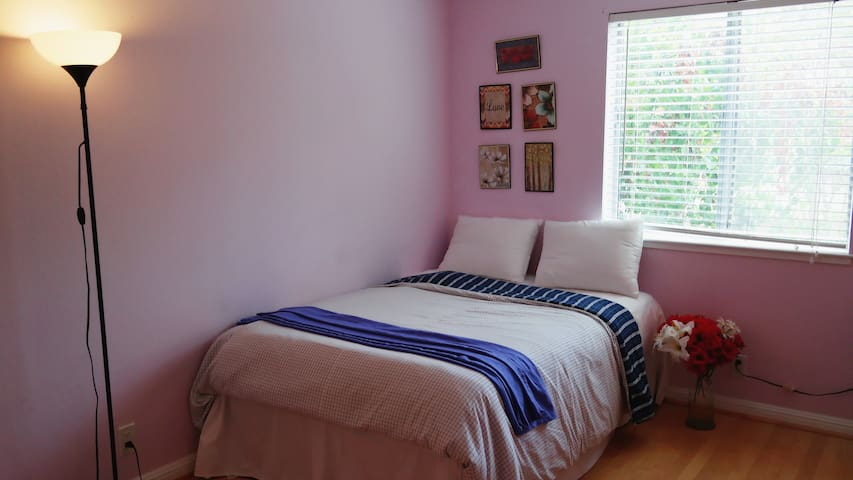 M1 Privat Room_8 min Great Mall,Milpitas,Free WIFI - San Jose - House