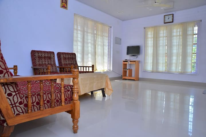 lead homestay - Thrissur - Pis