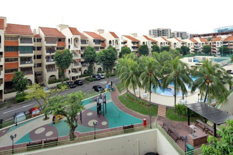facilities: big pool, gym, 2 tennis courts