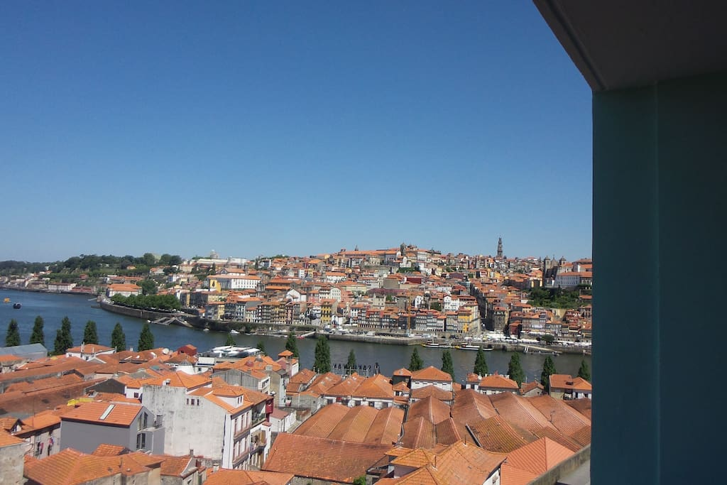 Wake up Porto! (View from the bed room balcony)
