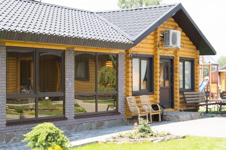 Уютный дом на Полесье, 3 комнаты