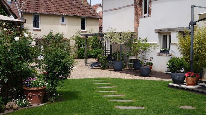La Maltorne 3 (chambre verte) - Bréchamps - Rumah