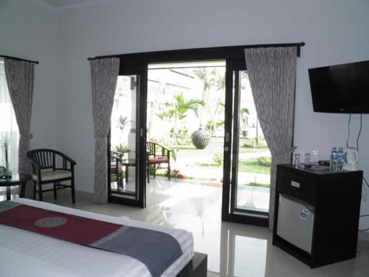 Intimate Villa in Romantic Lovina!