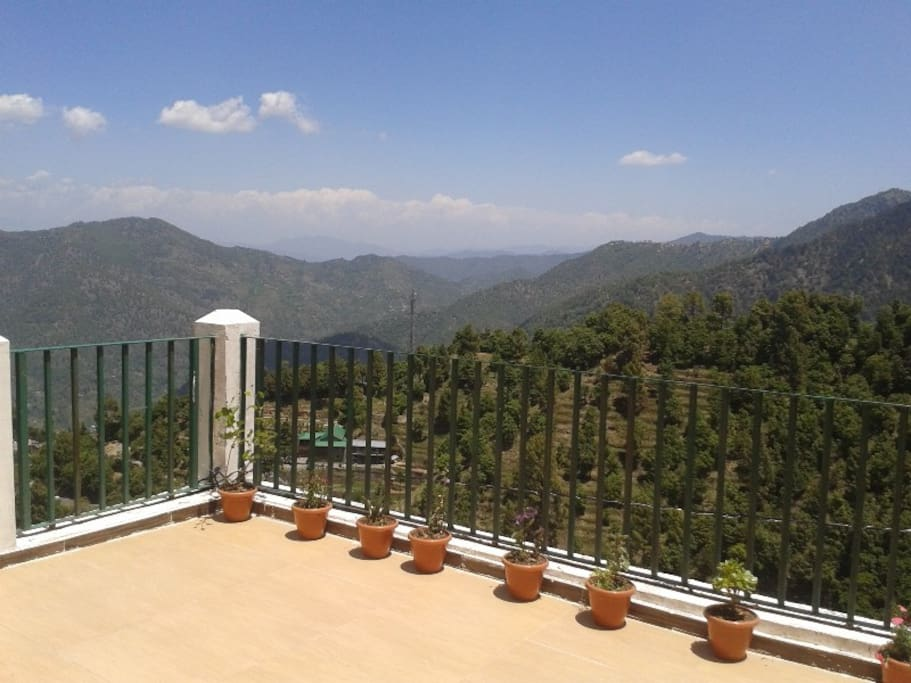 Huge Balcony with breathtaking view of Himalayas peaks