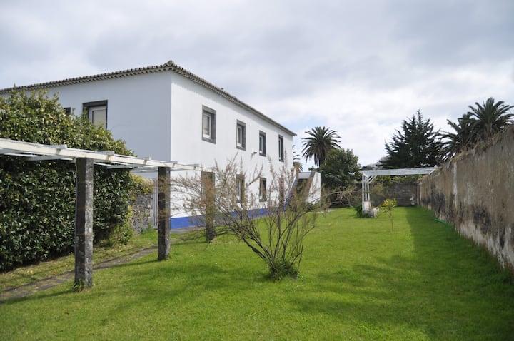 2 Bedroom apartment Ponta Delgada