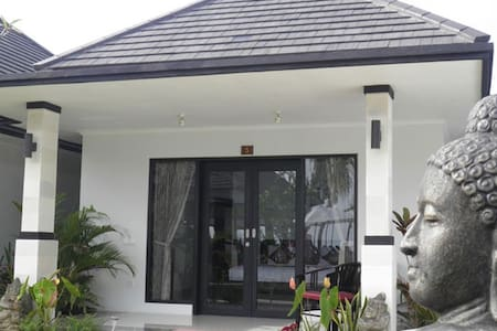 Tropical Paradise in Quiet Lovina! - Buleleng - Wohnung