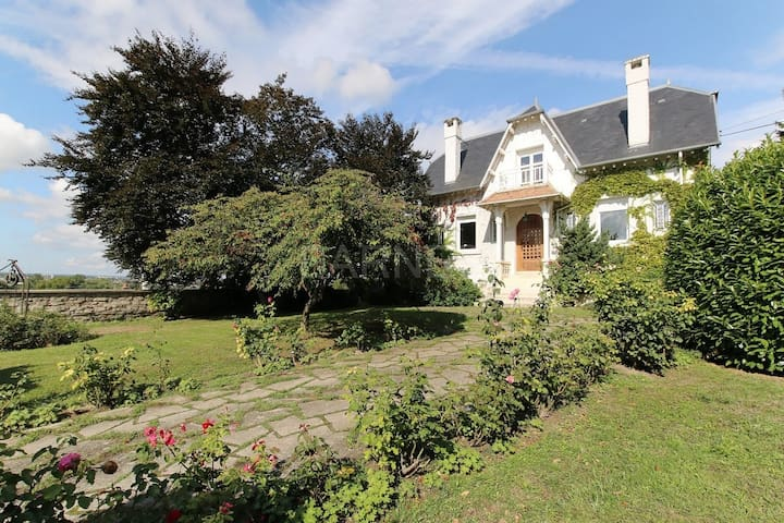 Splendid 19th century mansion - Triel sur Seine - House