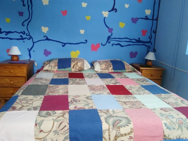 Nice Double Room in Countryside - Villalonga - Rumah