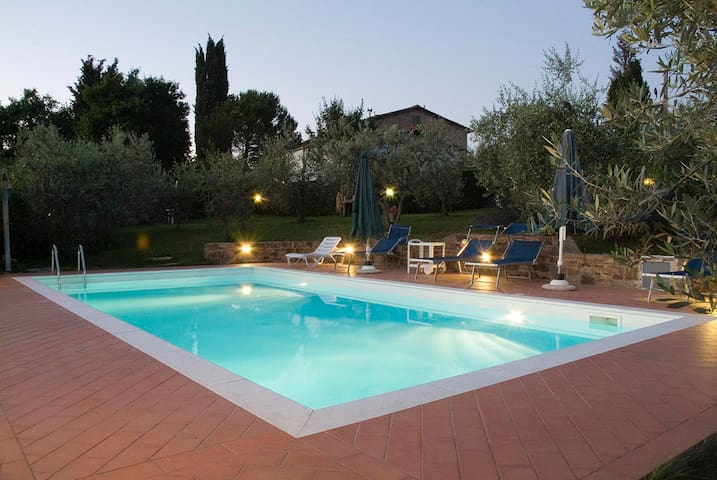 In Chianti, really PRIVATE SW-POOL!, Wifi, Parking - San Casciano in Val di pesa - Apartament