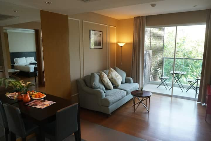 1 Bedroom Apt nice large room clean healthty place