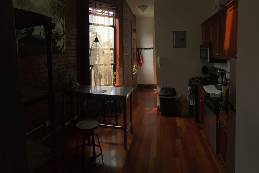 Bright And Clean Little Italy Apt Apartments For Rent In New York New Yor