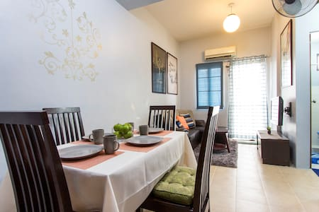 Fully furnished 1 BR condo unit - Quezon City - Apartment