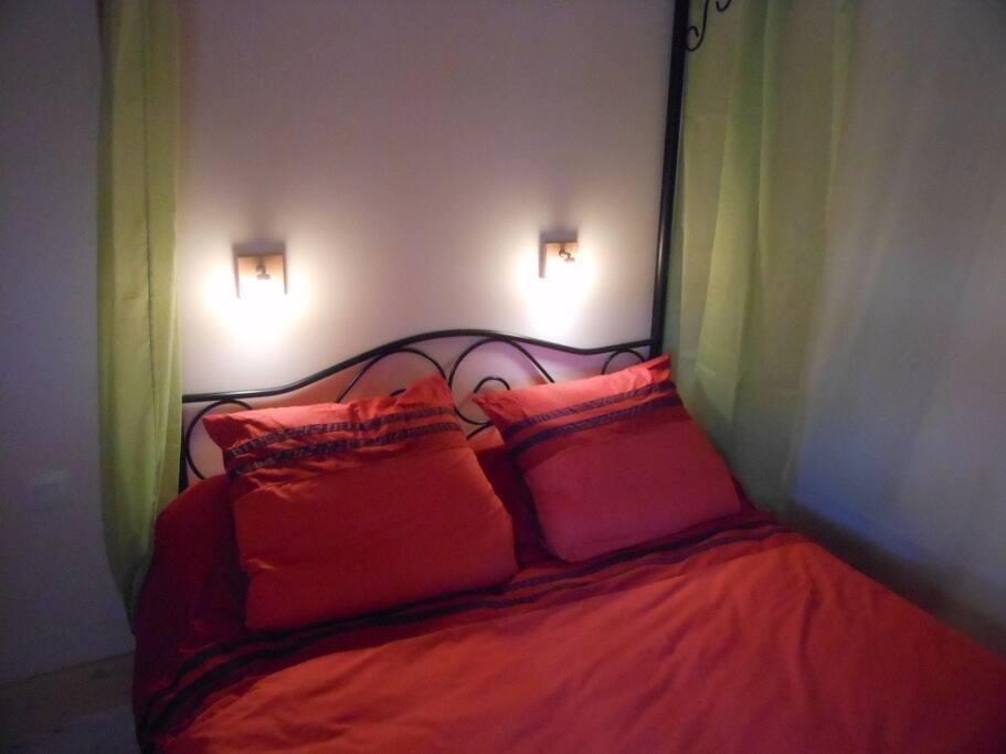 Deux chambres en 140 et une literie de qualité pour des nuits de qualité.