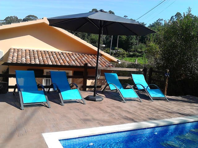 House with a Pool for 6 people - Gondomar