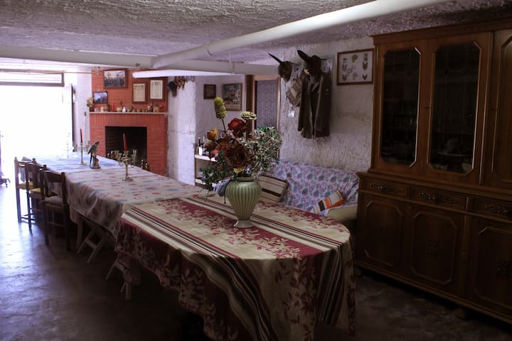 salone convegni della casa vacanza - Casape - Oda + Kahvaltı
