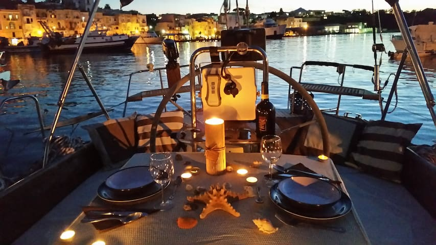 1 night + 1 Candle Light Dinner to Procida IT - Procida - Barco