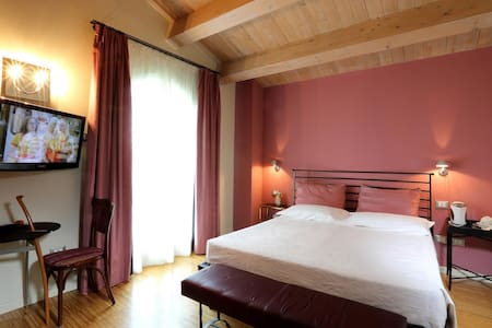 Romantic Junior suite Rosa  - Faenza