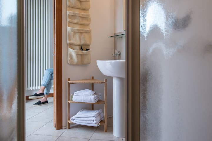 Camera con cucina e giardino privato Mirano