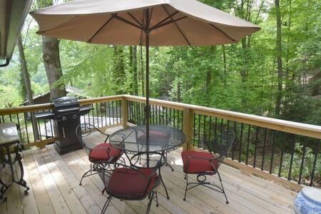 Stoney Creek Cottage - House