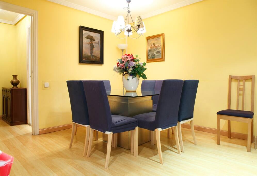 Precioso piso en madrid centro apartamentos en alquiler for Compartir piso madrid centro