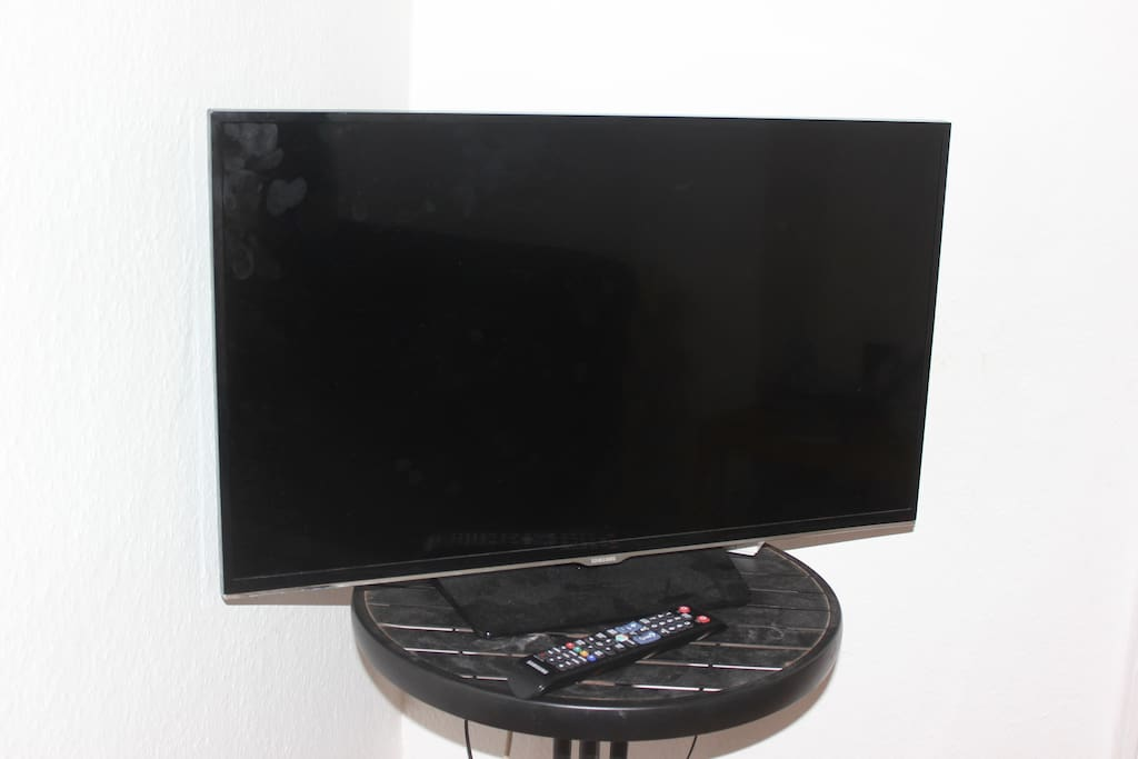 The awesome TV for some entertainment and chilling