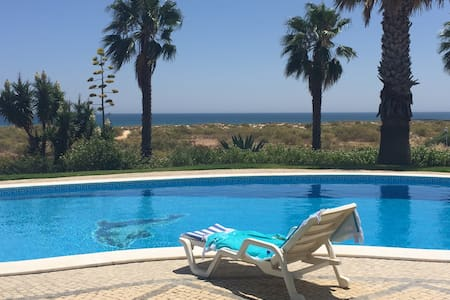 Algarve wonderful beachfront house - Manta Rota