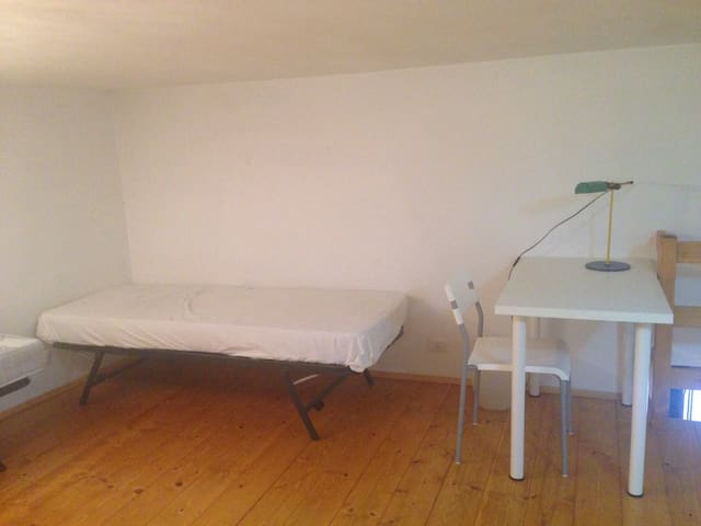 New clean apt excellent location - Fisciano - Apartment