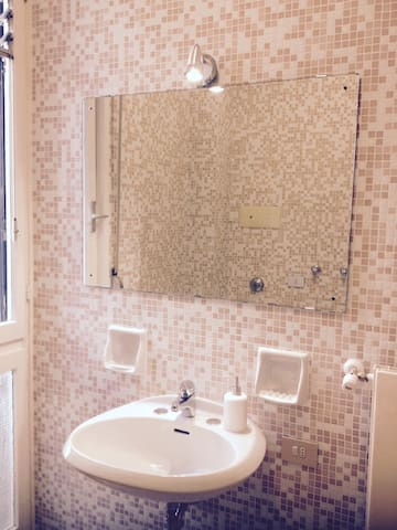 Beauty & Bright just like your home - Bérgamo - Bed & Breakfast