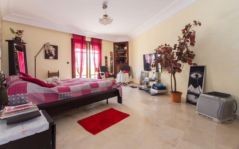 Bel appartement Haut Standing 160 m - El Maarif - Appartamento