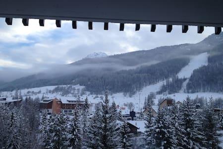 studio + alcove bottom ski slopes - la salle les alpes