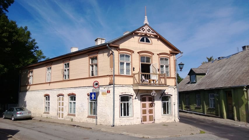 Historic House in Old Town - Haapsalu - Wohnung