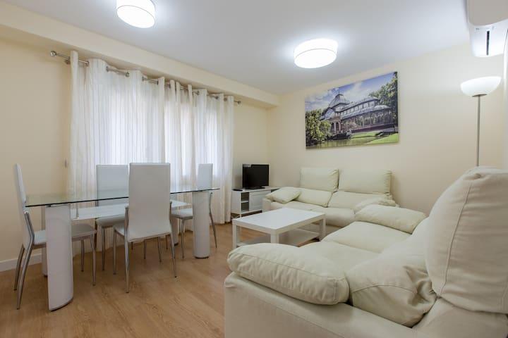 Maravilloso piso junto al metro - Madrid