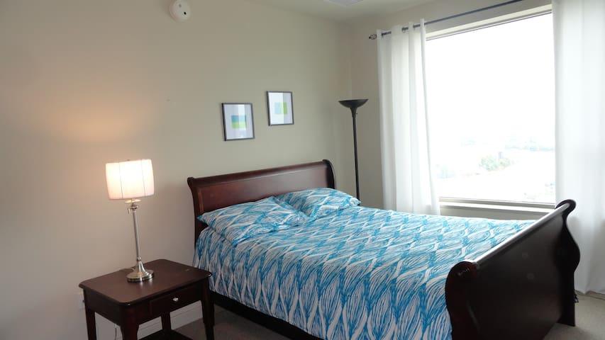 Room in hi rise condo in wilmington - Wilmington - Pis