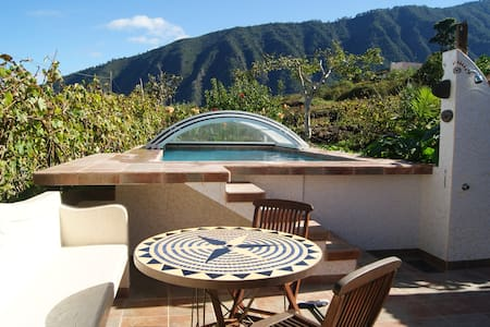 Beautiful house with views to Teide - Orotava