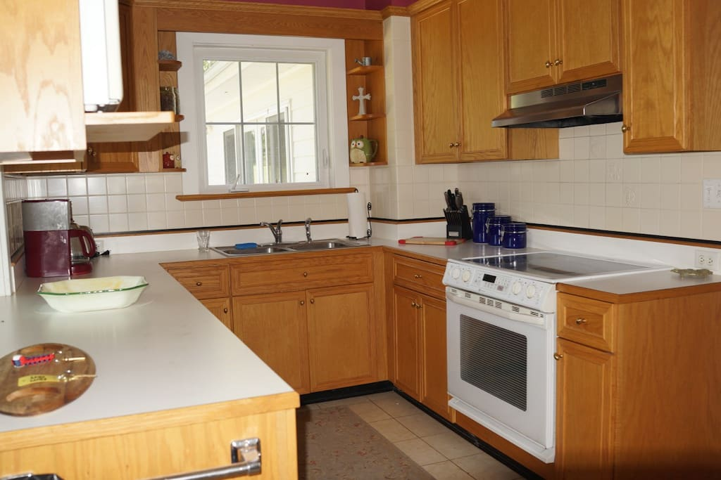 Nice fully equipped Kitchen.