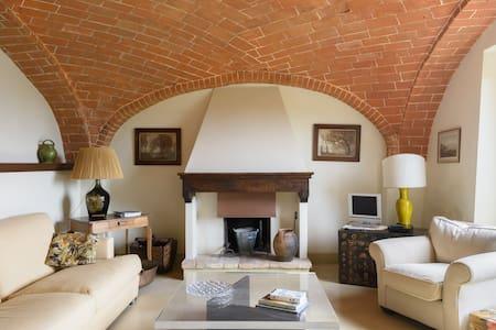 Heart Of Tuscany Retreat - Hus