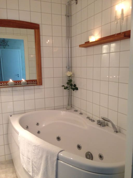 Own jacuzzi in the appartment!