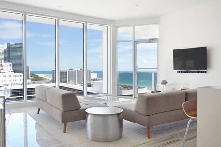 South Beach Renovated Penthouse - Miami Beach - Apartamento