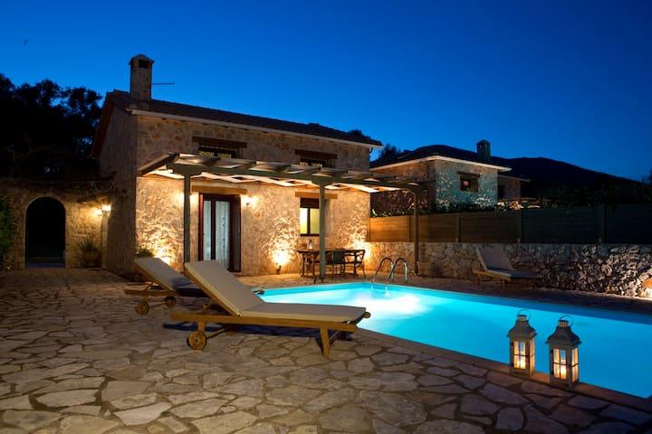 Dioni Villa - Holiday Retreat in Sivota, Lefkada