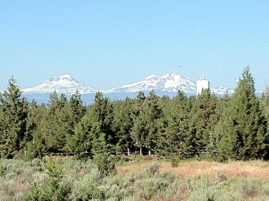 Three Sisters, Cascades from back deck
