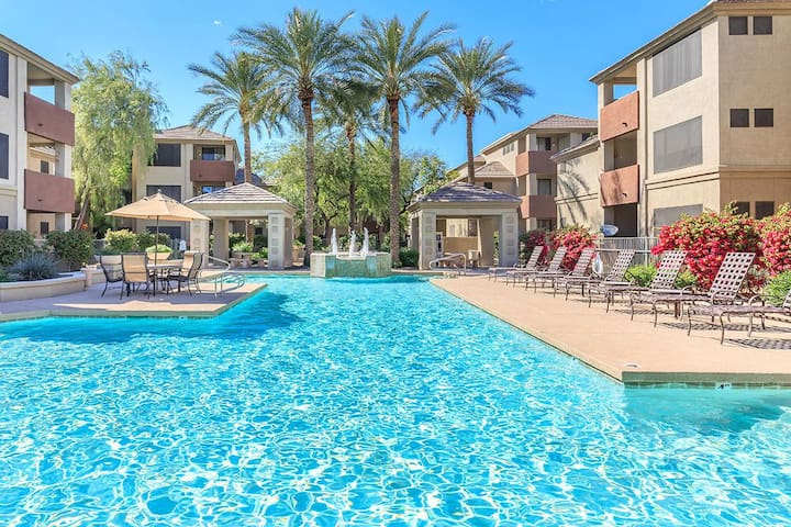 3BR Central Phoenix Condo near Lightrail