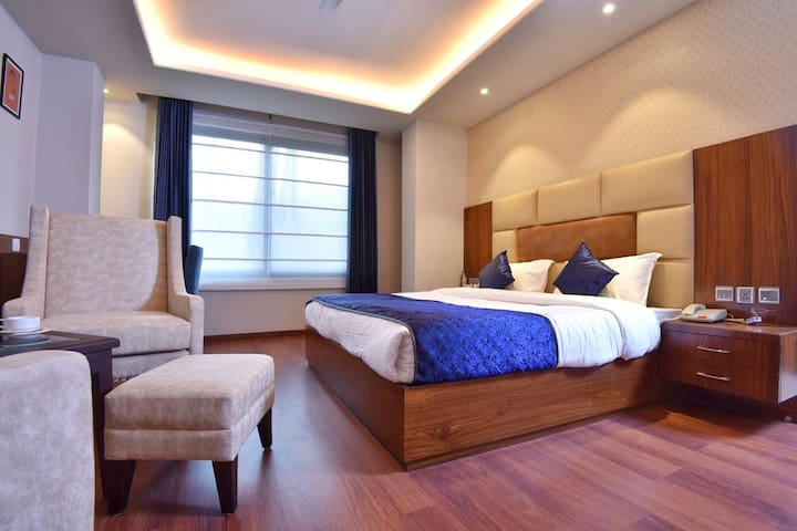 SUPER DELUXE AC ROOM IN PALAMPUR