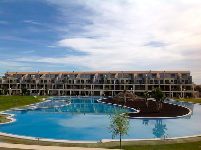 Appartement/jardin ds complexe avec  golf - Sant Jordi