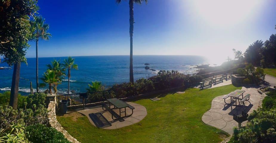 2bd-2ba Ocean Views near Main Beach - Laguna Beach - Condominio