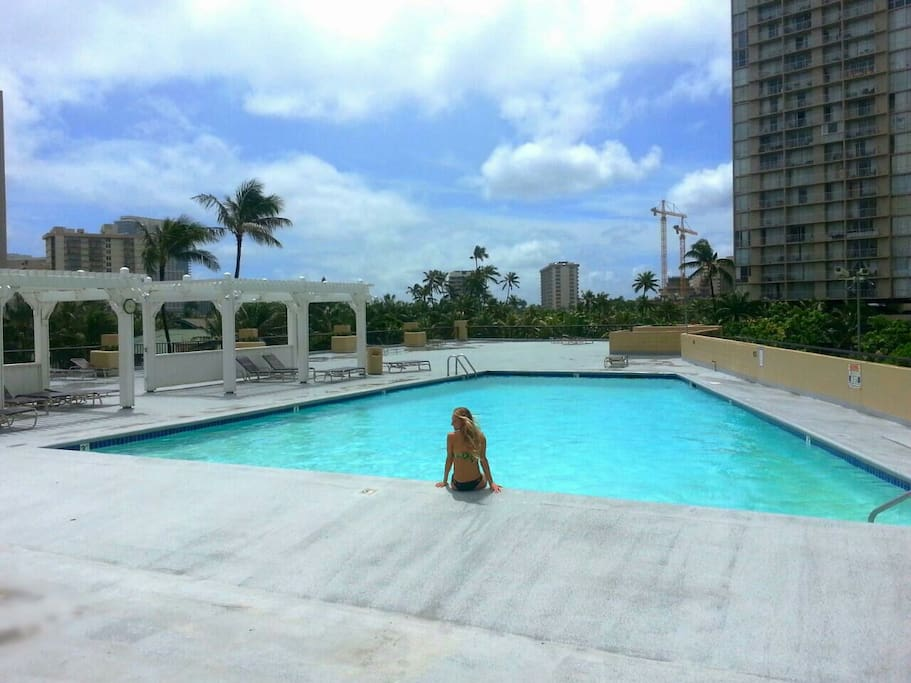 Large swimming pool and pool deck on the 6th floor