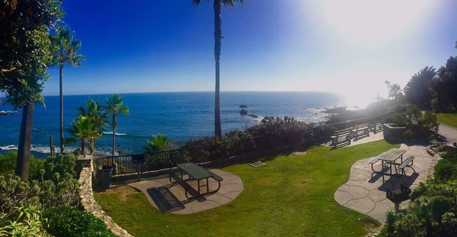 1bd/1ba Ocean View 1 block to beach - Laguna Beach - Condominio
