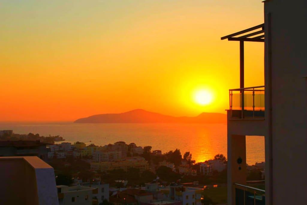 Sunset over Mandalya bay as seen from Flipflops