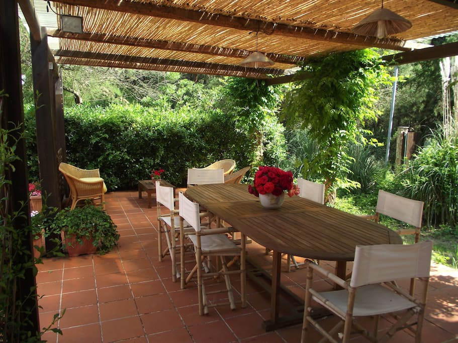 Casetta dei piani piscina condivisa case in affitto a for Piani casa dei caraibi
