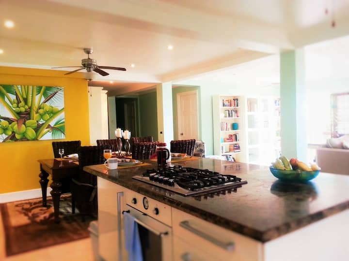 Papaya suite.